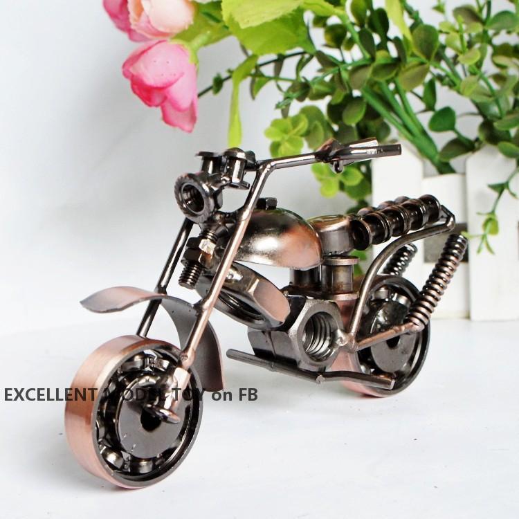 Kreatives Eisenmetallmotorrad Modell Spielzeug, handgemachtes Handwerk, verschiedene Arten, Anhänger Ornament für Weihnachtskinder Geburtstagsgeschenk, Sammeln, Dekoration
