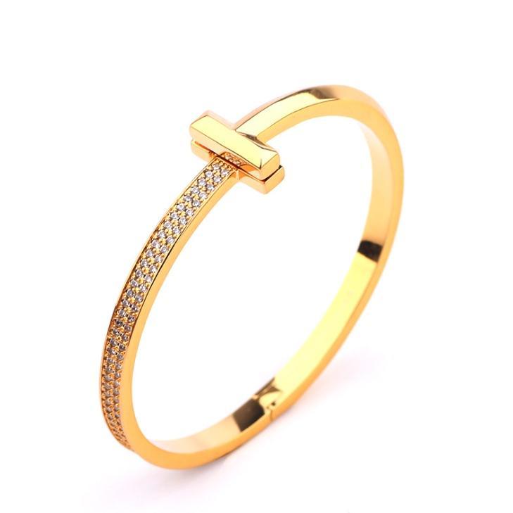 Creative Gold-Plaqué Half Set Double t Double T Bracelet Mode européen et américain Polyatile Lumière de luxe Femme de luxe Micro Set Zircon large Versi