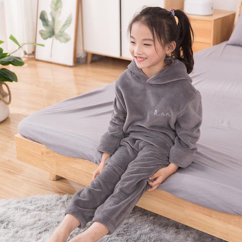 2 unids Coral Fleece con capucha Pijamas infantiles Chicos y niñas Pijamas Espesar Homewear Pijamas de Navidad para niños de 2 a 7 años de edad W1222