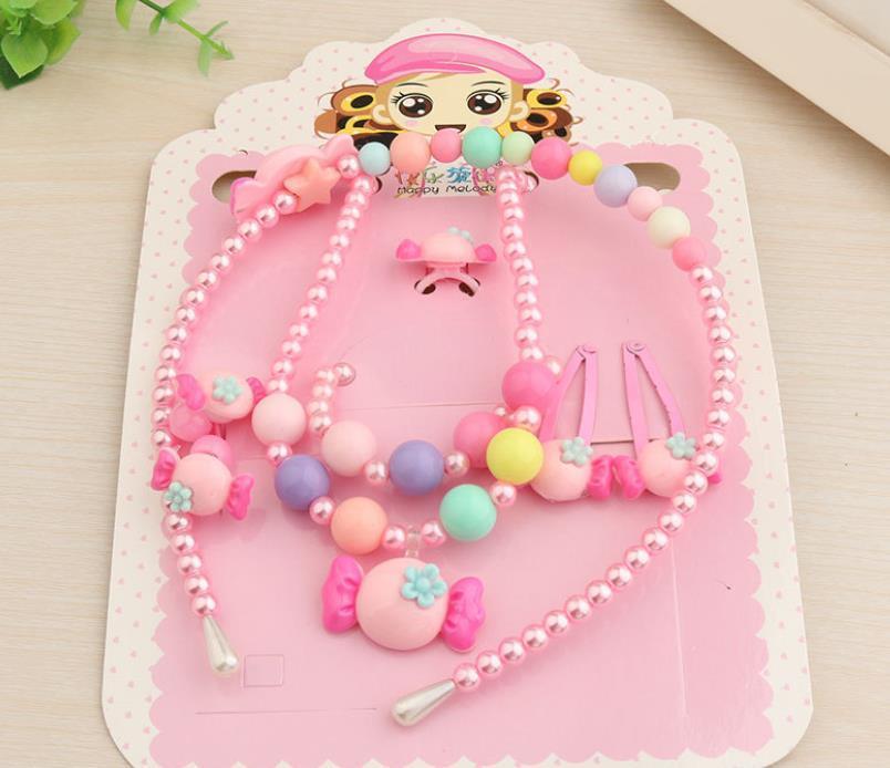 Kids Pearl Jewelry Set Ring Pulsera Colgante Collar Pindepin Hairband Diadema Dibujos Animados Lindos Accesorios para el cabello Cumpleaños Regalo de cumpleaños Rosa