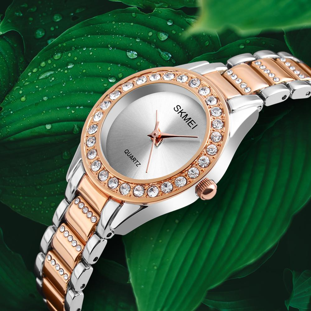 Skmei Fashion Women Women Robe Mesdames Montres Top Brand Luxe Diamond Quartz Montre Hot Clock Relogio Feminino Montre Femme