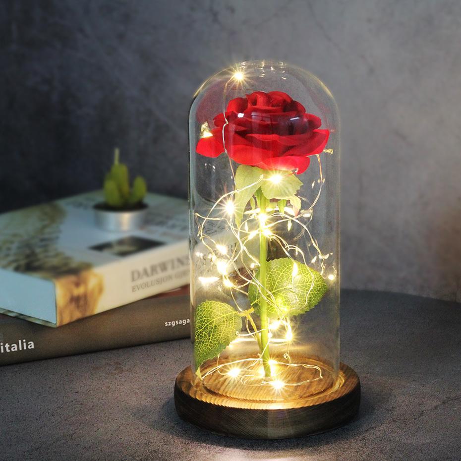 Fleur de rose éternelle La beauté et la bête se levèrent dans un dôme de verre LED lampes à la maison décor de mariage cadeau de la Saint-Valentin de Noël Q1123