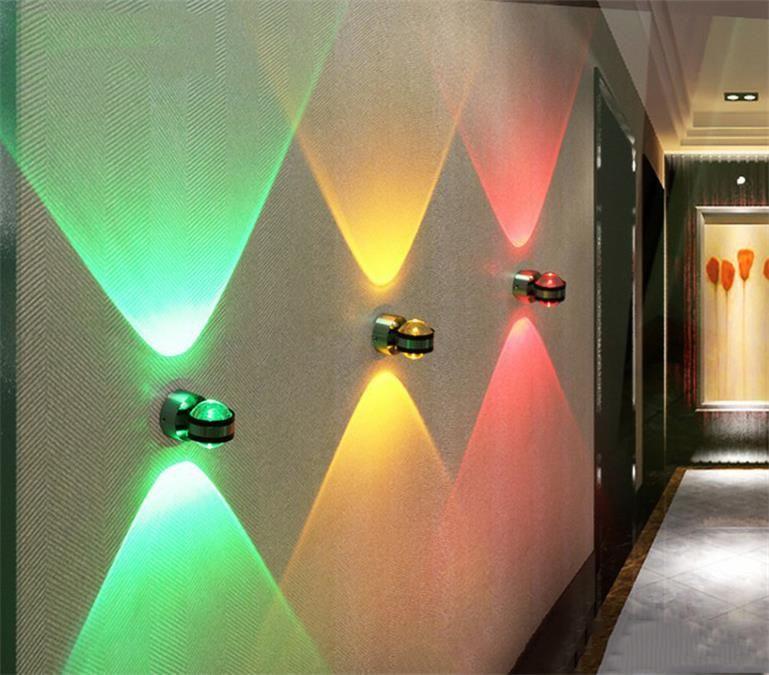Sıcak yeni ürün kristal duvar lambaları modern oturma odası arka plan duvar lambaları yatak odası başucu lambası yukarı ve aşağı kristal duvar lambası