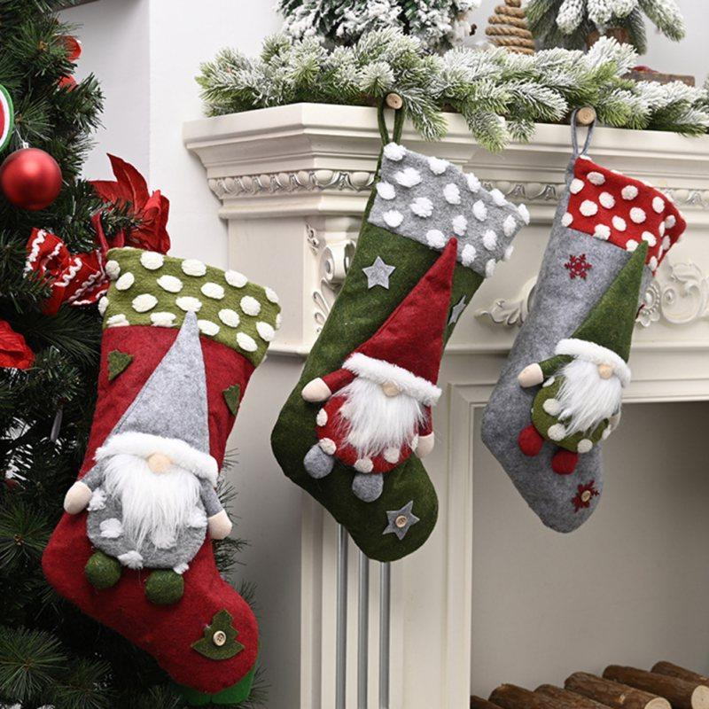Decoraciones de Navidad Stocking Candy Kid Gift Bolso Árbol de Navidad Calcetines decorativos Ornamentos Colgantes Gnome Santa Muñeca Colgante