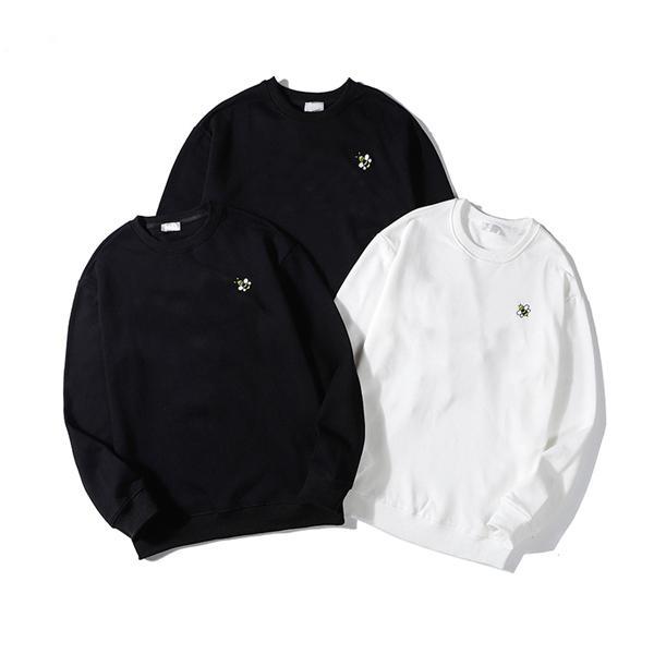 20ss Erkek Kadın Tasarımcılar T Gömlek Yeni Moda Erkekler S Casual T Shirt Adam Giyim Sokak Tişörtü Şort Kollu Giysi Tişörtleri 2020