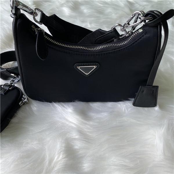 Créateurs de marque Sacs de Duffle Sacs de luxe Femmes Sacs à main Sacs Nylon Fashion Luxurys Messenger Femme Sac Bandbody Sac Sac Sac à l'épaule Tkntb