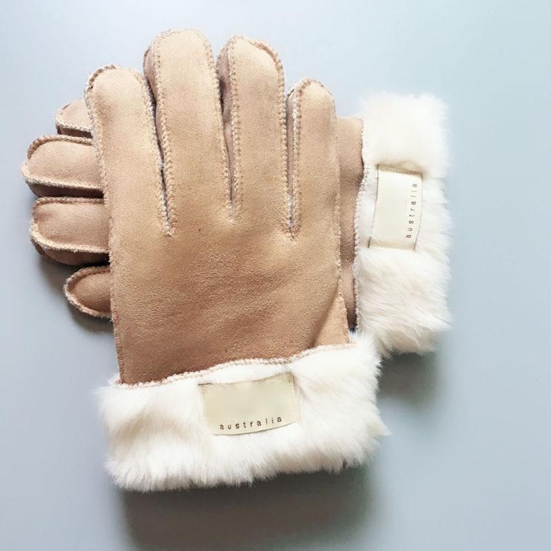 Luvas de pele da moda Luvas de desenhador de marca mulheres homens inverno luvas de luxo quente muito boa qualidade Cinco dedos cobre DDE3265