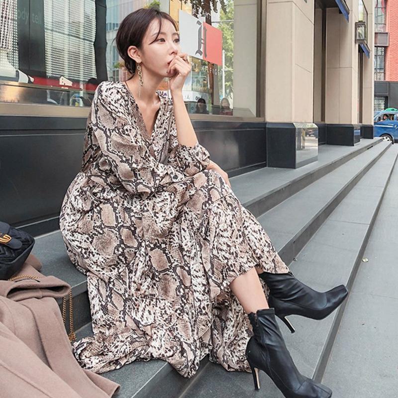 Vestido largo de impresión de serpientes Mujeres con cuello en V Duración del tobillo vestido de fiesta de manga larga casual volantes gasa coreano vintage primavera A213