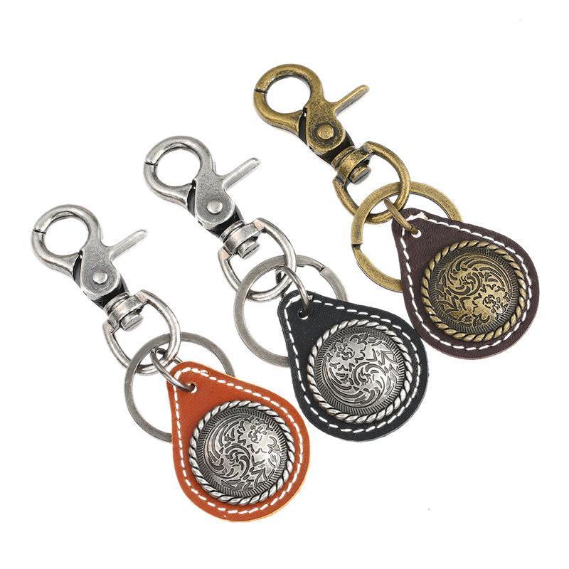 Schlüsselanhänger Mode Vintage Retro Auto Keychain Metall Anhänger Echtes Leder Tasche Zubehör Männer Frauen Schlüsselanhänger Schlüsselanhänger Casual Punk Schmuck