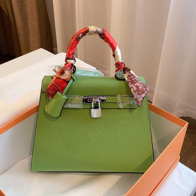 Sac à bandoulière dames sac de branche fourre-tout sac à main classique véritable sac en cuir argenté boucle de grande capacité de grande capacité ceinture détachable