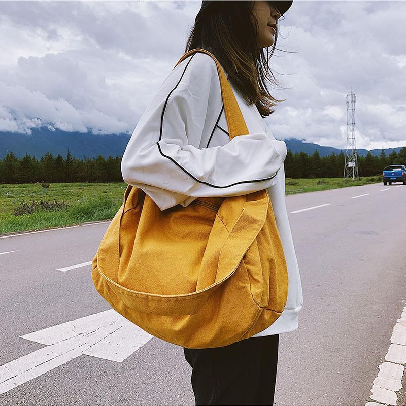 Sacs à main Sacs Sacs Nouveau Crossbody Brand Sommaire Épaule Épaule Casual Toile 2021 Femmes School Fashion Tote Messenger DDKFT
