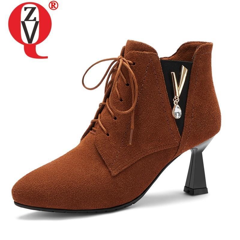 Çizmeler ZVQ Kadın Ayakkabı 2021 Sonbahar Kış Moda Seksi Sivri Burun İnek Süet Ayak Bileği Dışında Yüksek Topuklu Çapraz Bağlı Zip
