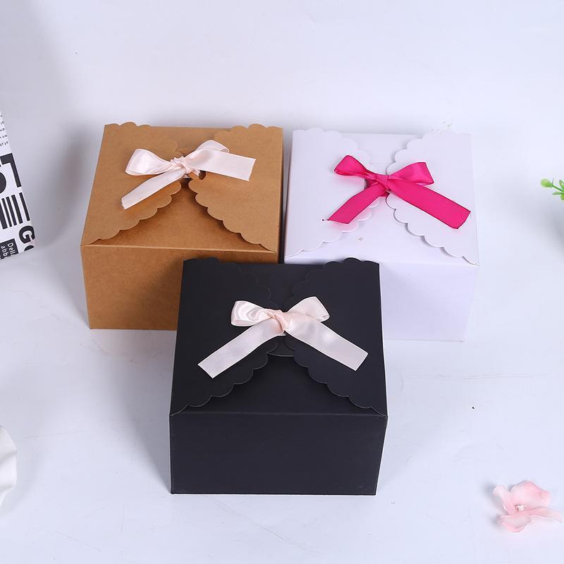 10 قطع كرافت ورقة كعكة مربع حزب هدية التعبئة مربع كوكي / حلوى / المكسرات مربع / diy التعبئة 14.5 * 14.5 * 9CM1