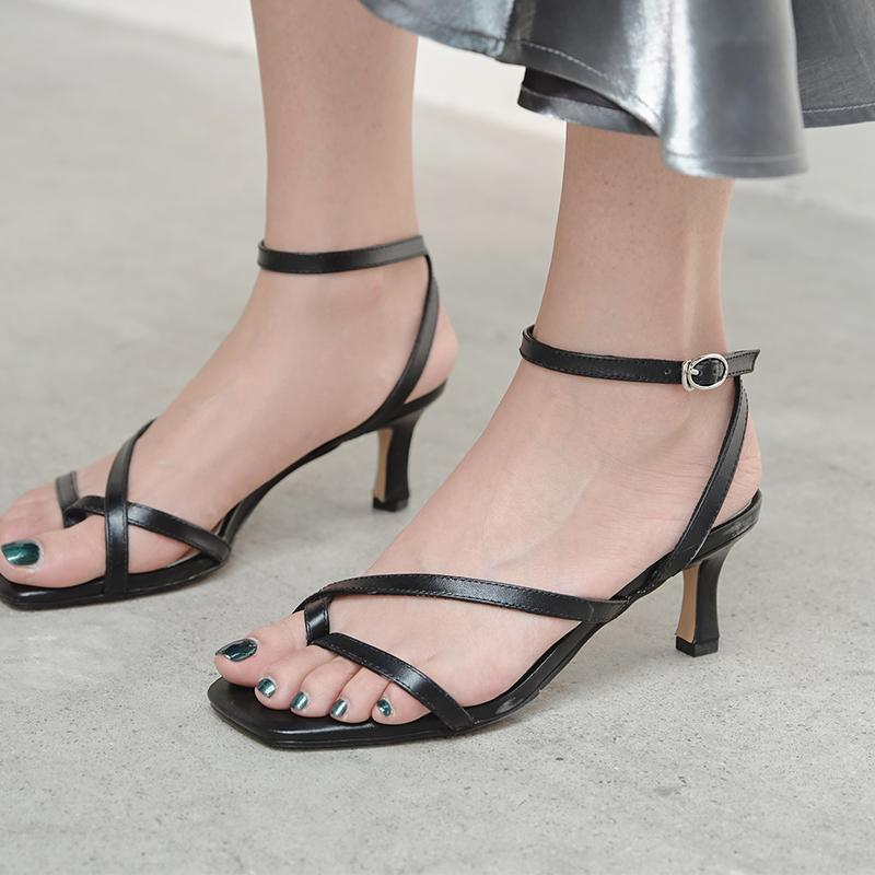 Sandali Gneuine Leather High Tacchi alti Donne Summer Caviglia Strap Scarpe 2021 Night Club Dress Woman