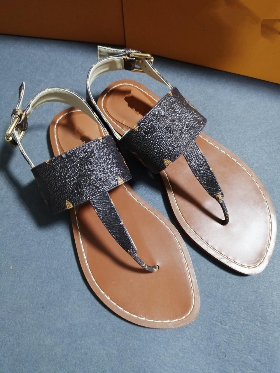 gucci Designer de sandálias de chinelos feminino cria sandálias casuais de alta qualidade praia disponíveis em uma variedade de cores 9465