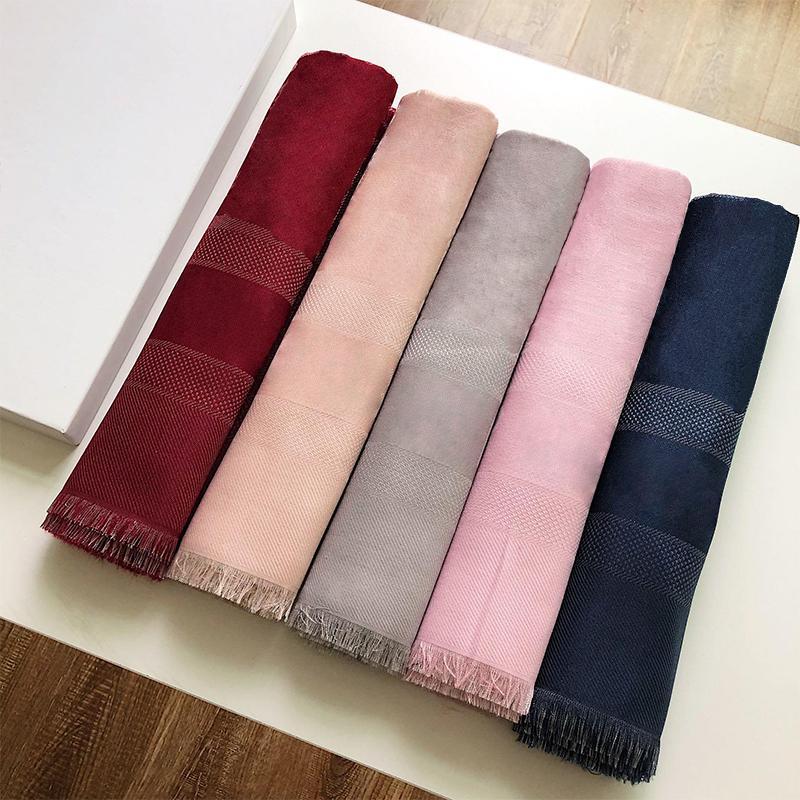 도매 - 여성 스카프 목도리 따뜻한 고급스러운 여성 가을 겨울 스카프는 공조실의 좋은 배열 R6Vn입니다.