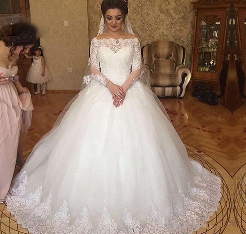 Custom Made Long Sleeves Spitze Ballkleid Brautkleider mit Appliques Bateau Neck Sweep Zug Schnürung Tüll Hochzeit Brautkleider