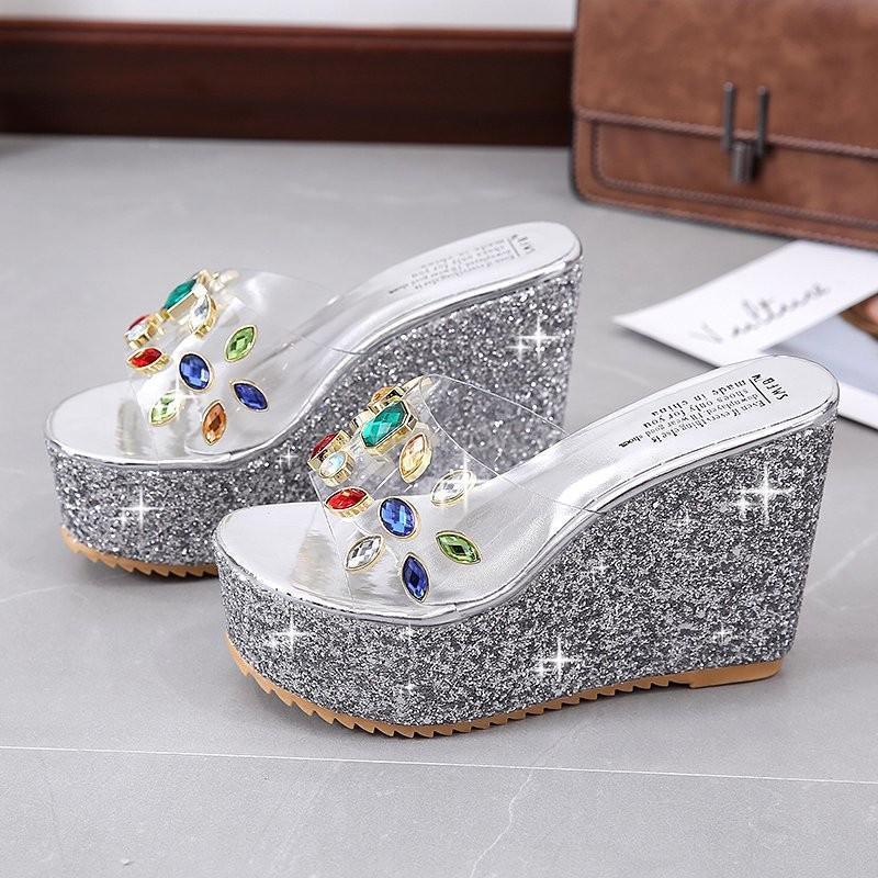 Yeni Terlik Kadınlar 2021 Yaz Moda Platformu Payetli Ayakkabı Rhinestone Şeffaf Takozlar Slaytlar Zapatillas Mujer Casa
