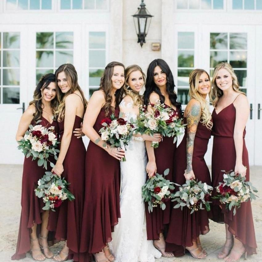 Cheap Burgundy Plus Size Bridesmaid Dresses Spaghetti Straps V Neck Chiffon High Low Wedding Party Gowns Maid of Honor Dress Vestidos