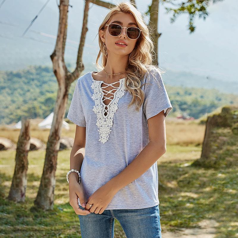 여성용 V 넥 티셔츠 레이스 스티치 티셔츠 여름 패션 할로우 그레이 소녀 블라우스 짧은 소매 셔츠