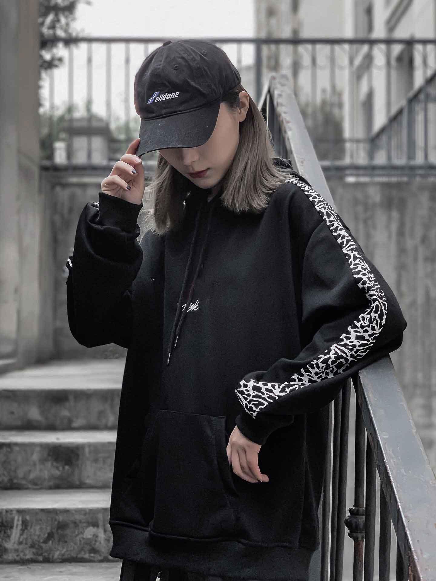 de la moda mujeres camiseta 2020 del nuevo invierno simple suéter clásico de sexo femenino Top estilista Pareja bordado StreetWear los hombres de la camiseta M-XL