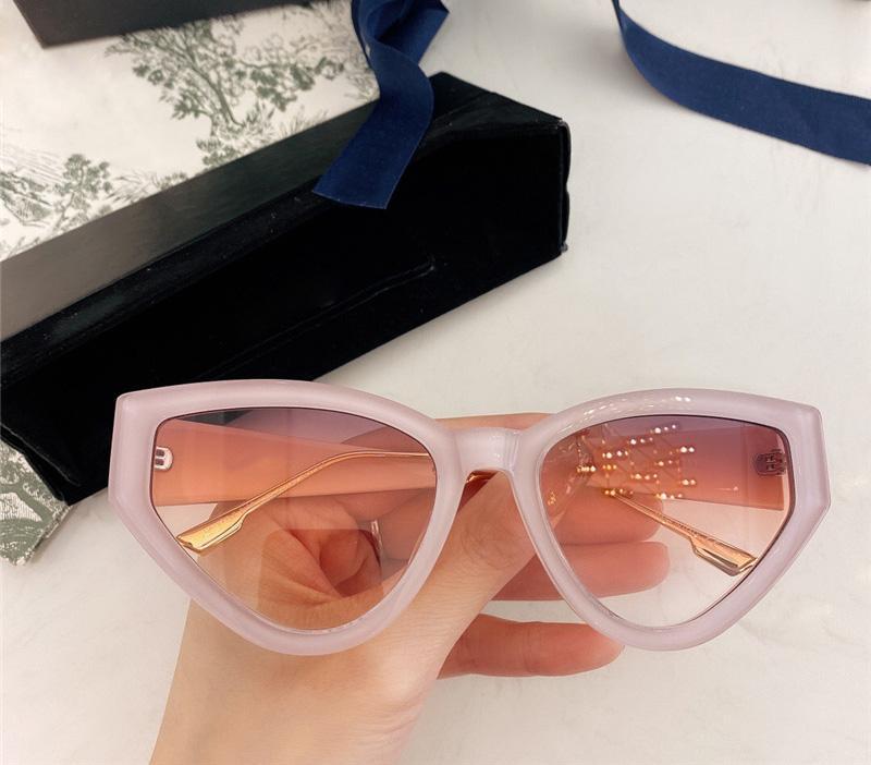 Nouvelle planche Designer Femmes Cat Fashion Sunglasses Eye Cadre Avant-Garde Verres Style Personnalité Été Protection de l'affaire avec UV400 EWQXM