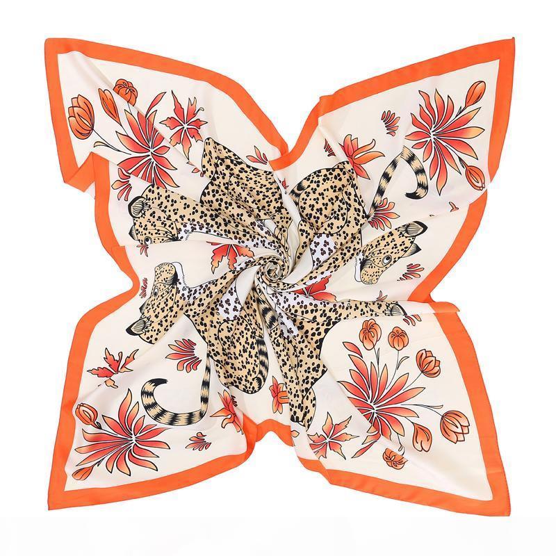 Großhandel 100% Seidenschal Damen Quadratische Schals Wraps Vier Leopard Print Halstuch Weibliche Foulard Fleck Silk Hijab Große Bufandas