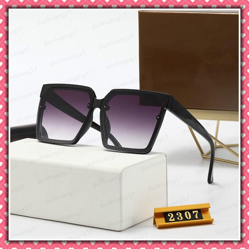 2307 Популярные женщины моды солнцезащитные очки квадратный летний стиль полная рамка высочайшее качество УФ-защита 2307S Солнцезащитные очки смешанные цвета поставляются с коробкой
