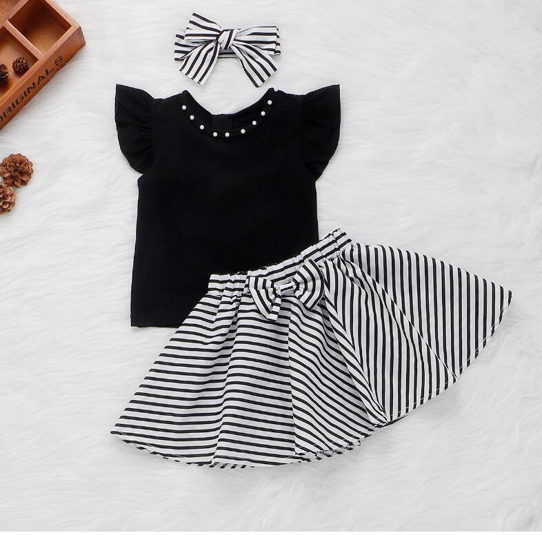 Новая девочка черные летающие рукава горячие бусы футболка + полосатая юбка + головной узел из трех частей / набор детская одежда