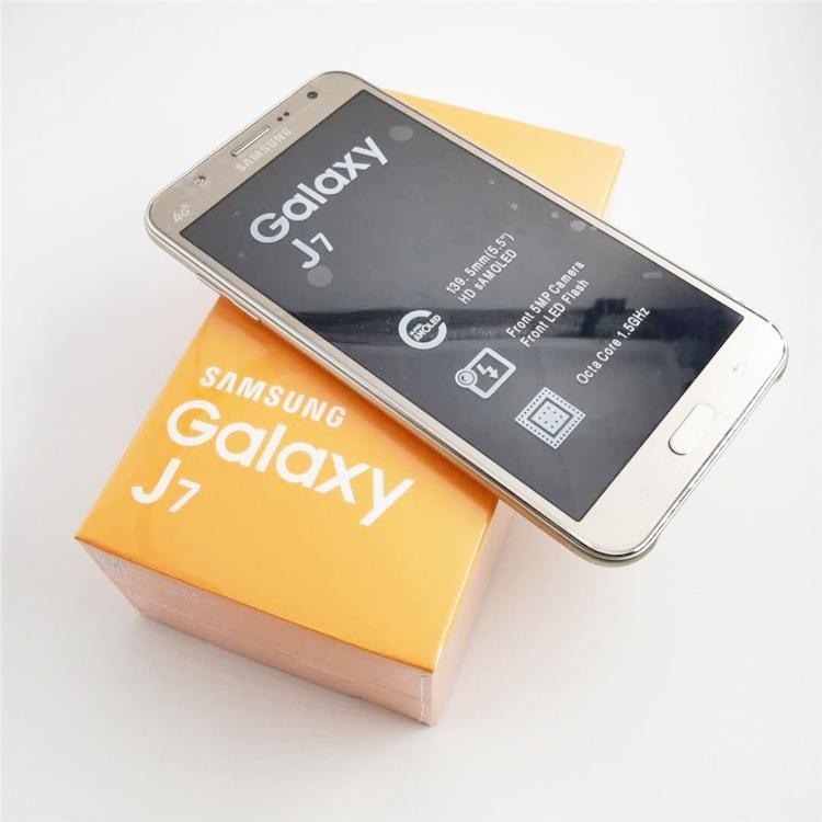 Remodelado Desbloqueado Original Samsung Galaxy J7 J700F Dual SIM 5.5 polegadas Octa Núcleo 1.5GB RAM 16GB ROM Telefone