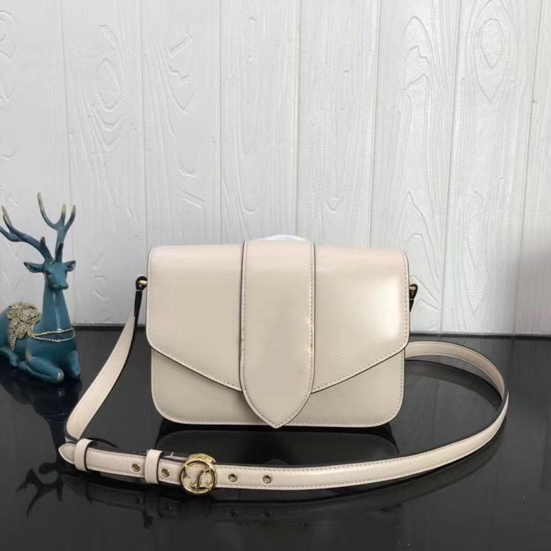 Women Leather Shoulder Evening Material Handbag Bag Diagonal Luxury Messenger Versatile Bag Designer Natural Style Design Dknan