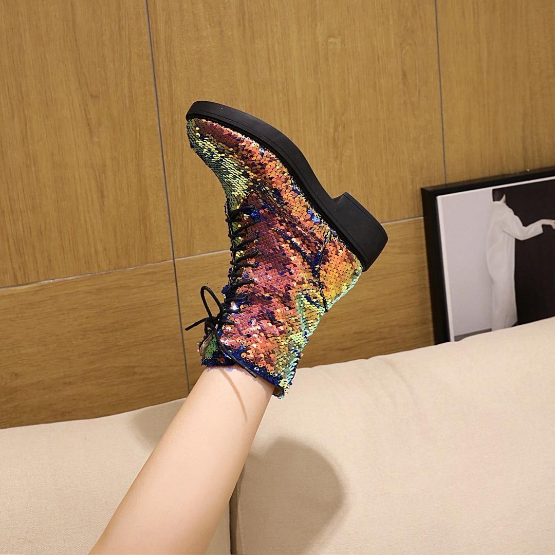 2021 kadın daha uzun boyutu 22-26.5 cm Avrupa ve kısa astar kış şeffaf alt ince çizmeler 5RYY
