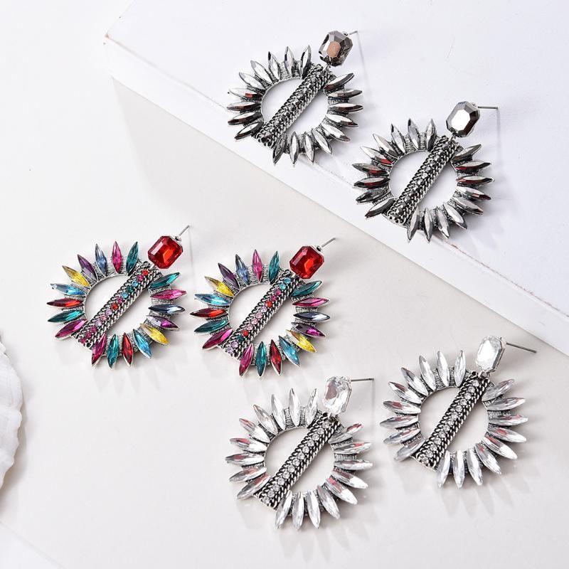 Ztech New Style Luxury Crystal Pendientes para las mujeres Pendientes grandes de la declaración Pendientes grandes Rhinestones elegante Joyería de moda al por mayor
