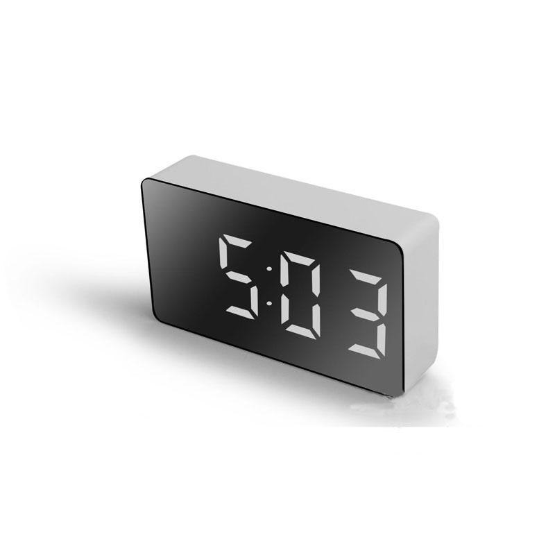 LED Multifuncional Espelho Relógio Digital Alarme Snooze Display Time Night LCD Light Table Desktop USB 5V / Nenhuma Bateria Decoração Home