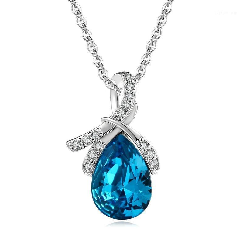 Correntes 925 Cor de prata esterlina Colar de diamante para mulheres Curta clavícula cadeia Gargantilha Penadant Lágrimas de Saphire Stone Jewelry1