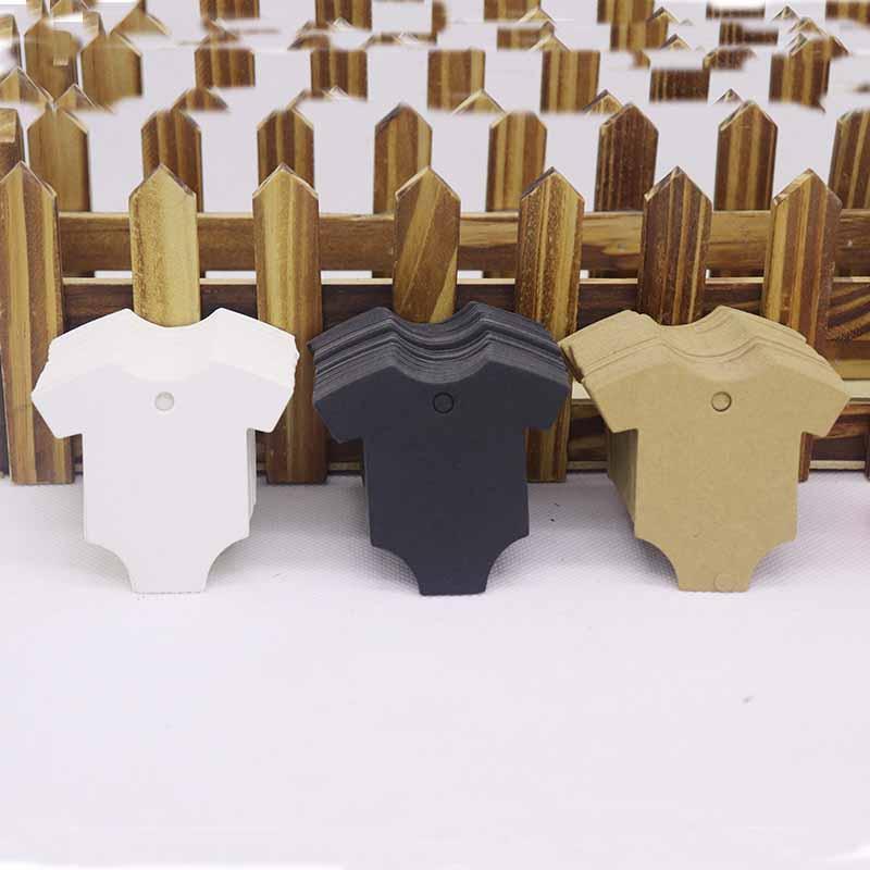 5.4 * 6.5cm T-shirt Kraft / Blanc Paper Label DIY Blank Wedding anniversaire cadeau de voeu de vote carte de voeux balançoire balise bagages accrocher tag 100 pcs