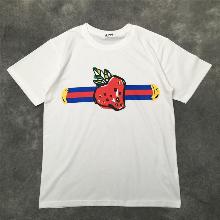 20SS printemps italien et l'été dernier imprimé fraise mode respirant T-shirt de qualité supérieure confortable mélange de coton TEE hommes occasionnels haut