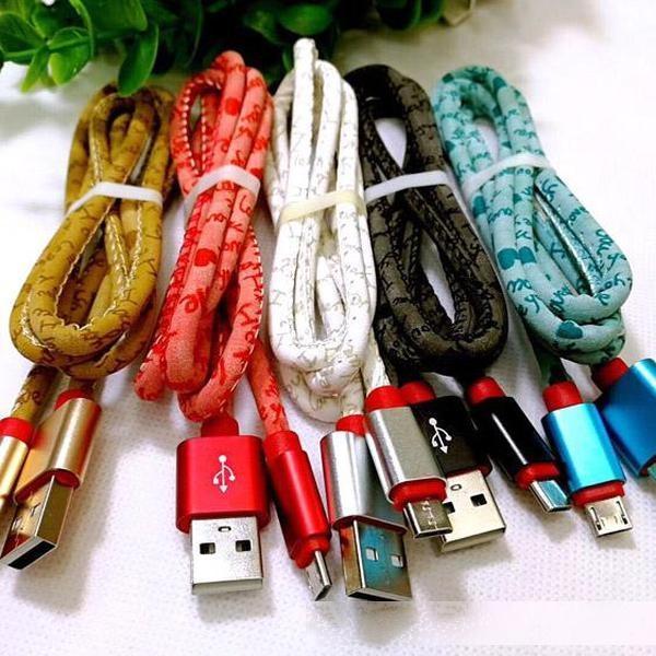 1M / 3FT NOUVEAU CÂCHES DE TRÈS COLORÉ COLORÉS CÂBLES USB SYNC V8 Câble de charge de haute qualité pour Samsung S8 S7 Edge Factory Vente en gros directement