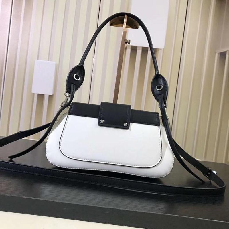 Кожаная новая сумочка дамы мода квадрат маленький 2021 женская роскошь роскошная известная верхняя сумка пряжка сумка сумка сумка цвета контрастное простое ajccq