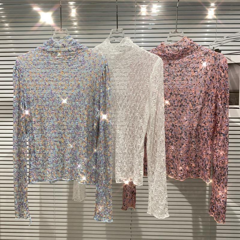 2021 Inverno nuovo Sky Star Paillettes T Shirt T-shirt Logn Sleeve Pleated Mesh Traslucido Piccoli pezzi di colore del fiore Top