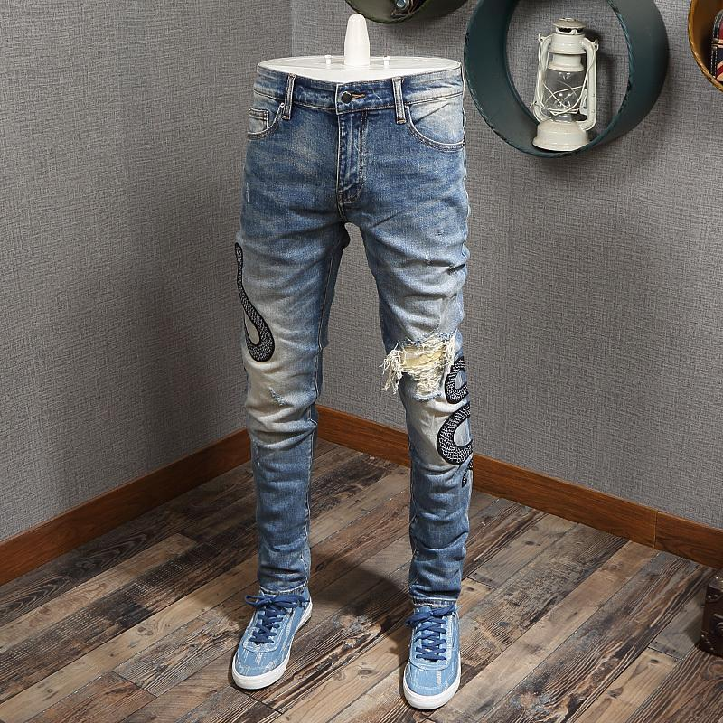 2021 New Fashion Streetwear High Quality Snake Embroidery Designer Slim Fit Ripped Men Pencil Pants Hip Hop Jeans Homme Cknf