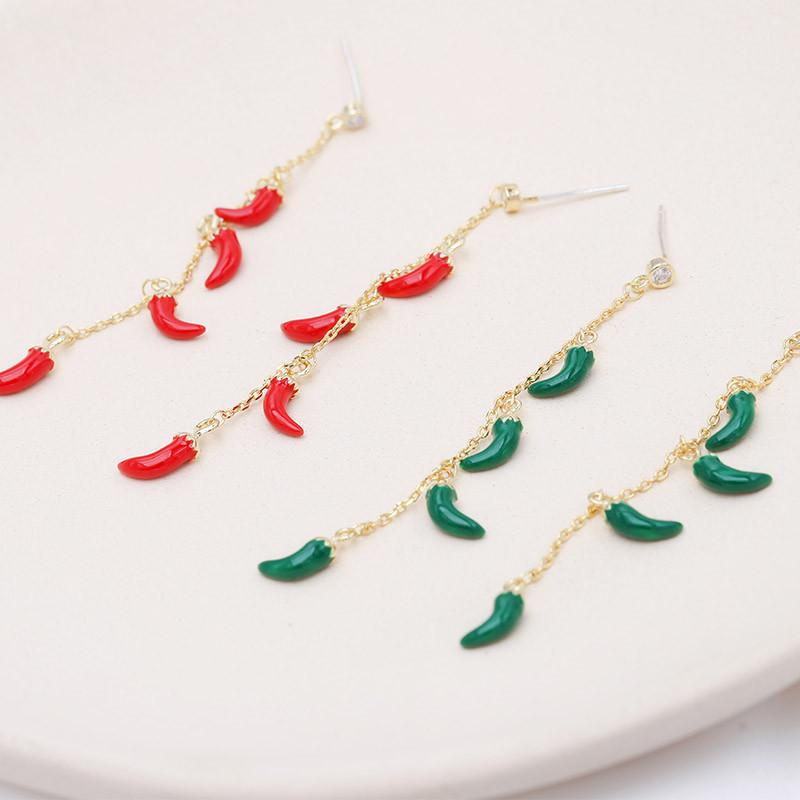 2020 winter new personality red and green pepper tassel earrings jewelry Korean fashion trend earrings 18k gold plated exquisite earrings