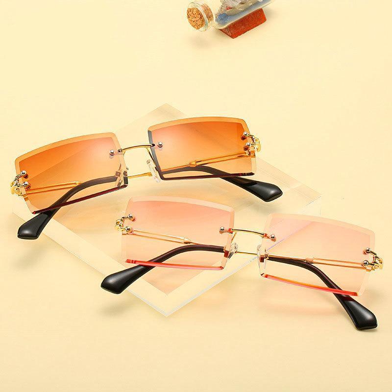 Nuevas gafas de sol Pequeño cuadrado Rhinestone Fashion Diamond Luxury 2020 punk claro colorido vintage Lens Shades Mujeres UV400 NX Wukce