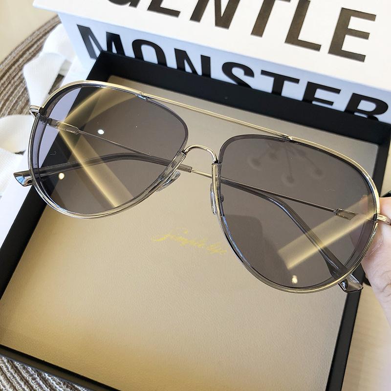 2020 Aviator Güneş Gözlüğü Akın Kore Versiyonu Yurt Bayan Makyaj Basit Adam Anti-Mavi Gözlük Çerçeve Güneş Gözlüğü
