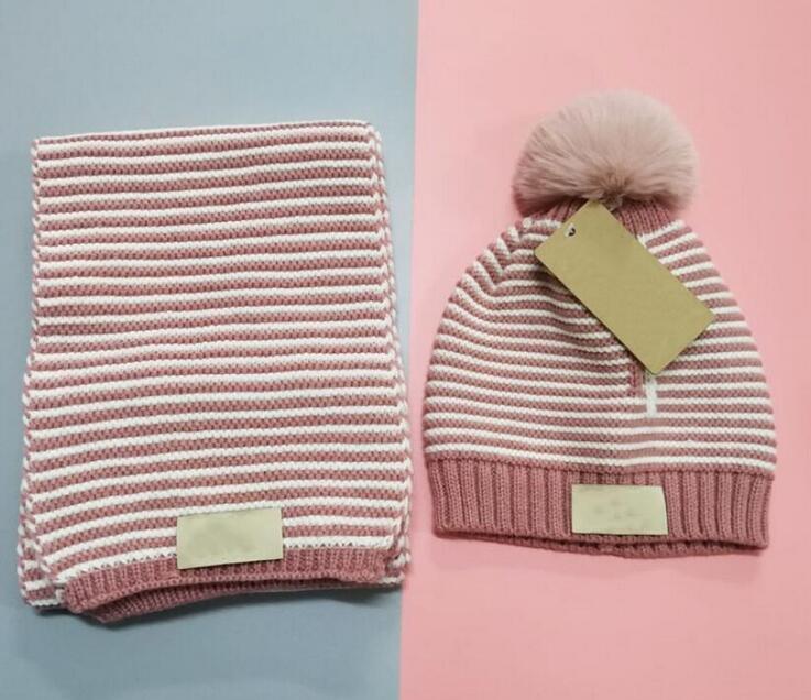 2021 Kids Hiver chapeau et écharpe définit bébé Bonnets tricotés bébé chapeaux + fourrure Pom Poms Foulards Crochet en laine pour enfants Crochet Bonnets Grossistes