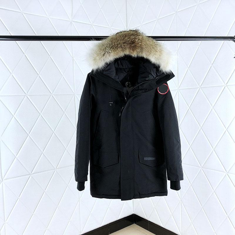 진짜 늑대 모피 후드 트랙 슈트 익스트림 날씨 파카 겨울 코트 윈드 브레이커 디자이너 겉옷과 남성 여성을위한 클래식 재킷