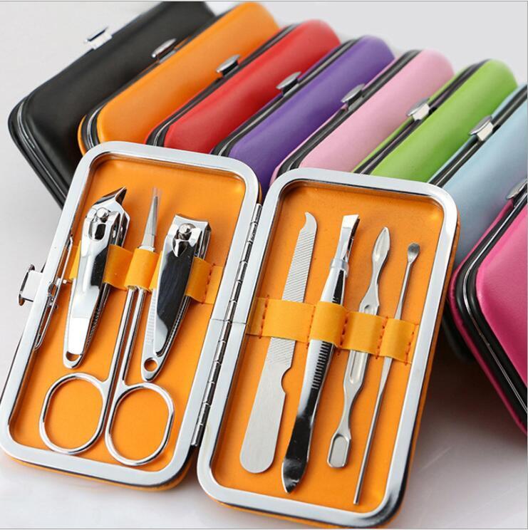 مسمار المقص البدلة مقص الملقط سكين الأذن اختيار مجموعة الفولاذ المقاوم للصدأ العناية بالأظافر أداة المساعدة مانيكير 7PCS مجموعات ملونة OWC3666