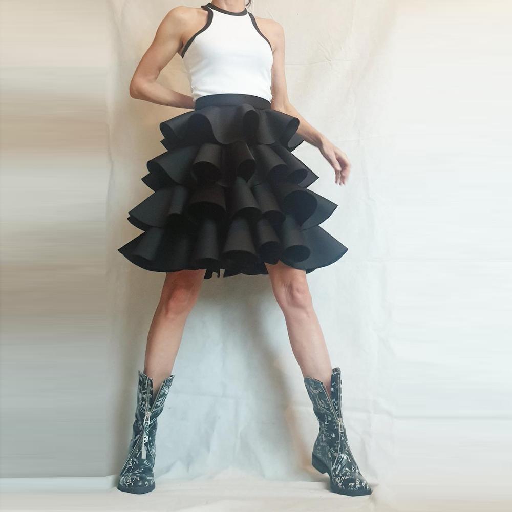 Saten kabarık MIDI Katı Siyah Üst üstü Diz Jupe Femme Mini Mujer Faldas Tatlı Etekler Katmanlı Büyük Salıncak Kadınlar Etek Q1229