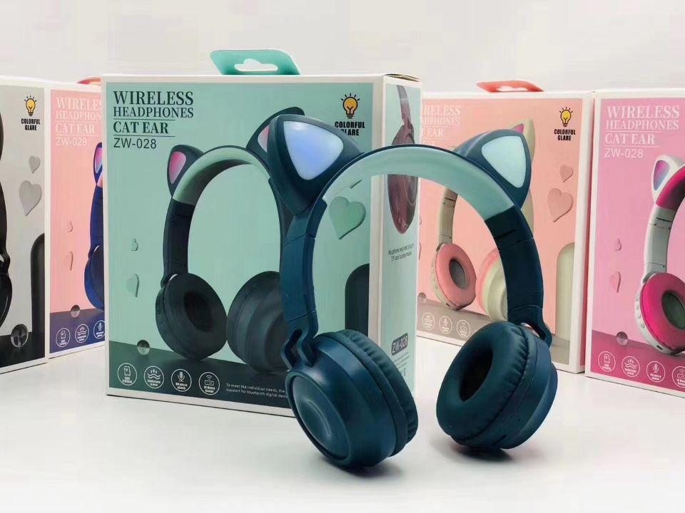 2021 Headsets de Jogo Bonito ZW-028 Bluetooth 5.0 Fone de Ouvido LED Luz Luz Cat Auriculares Estéreo Baixo Fone de Ouvido Sem Fio Hifi Headphones