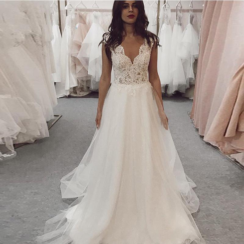 Beach Wedding Dresses v neck backless 2021 Lace Appliques bodice ruched Long Princess Lace Bridal Dresses Wedding Gowns sweep train